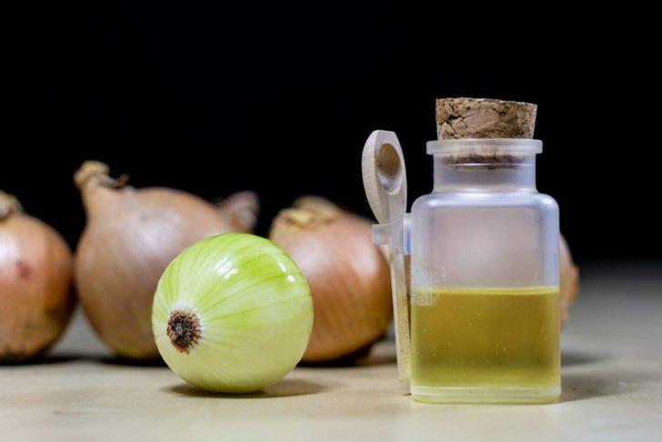 Boğaz enfeksiyonlarına iyi gelen yiyecekler nelerdir? Soğan suyunun yararı…