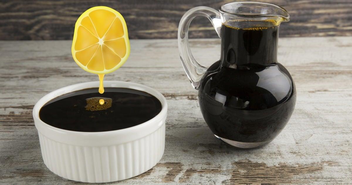 Pekmeze Limon Sıkarak Yemek