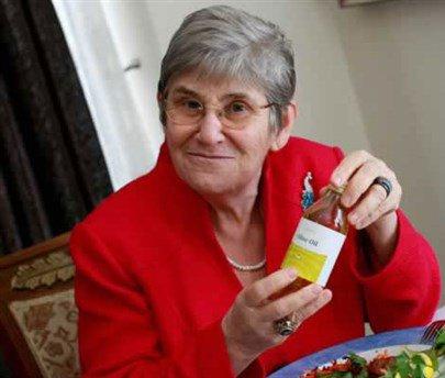 Canan Karatay yeniden ezber bozdu! Ham köfte yemek…