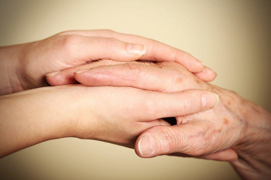 60 Yaşındayım Fakat Ellerim 30 Gibi Görünüyor