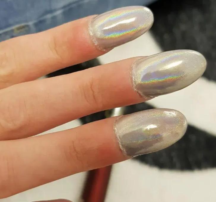 Takma Tırnaklara Dikkat ! Takma tırnaklar parmağına yapışınca olanlar oldu!