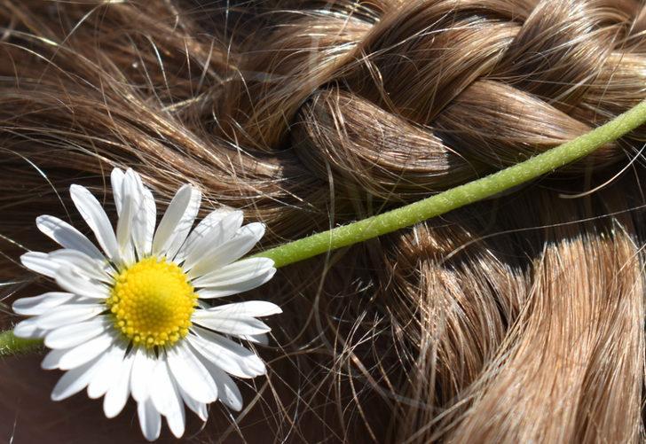 Saç Renginizi Açmak İçin Kimyasallara Gerek Yok Bu Doğal Yöntem İle Rengini Açabilirsiniz